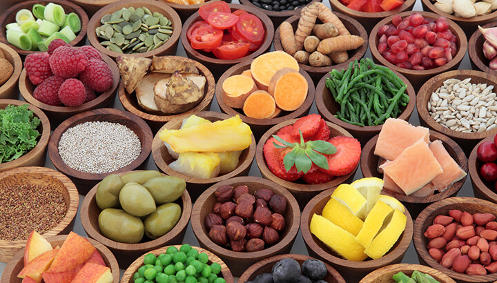 What's Raw Food? Your Raw Food Diet Questions Clarified